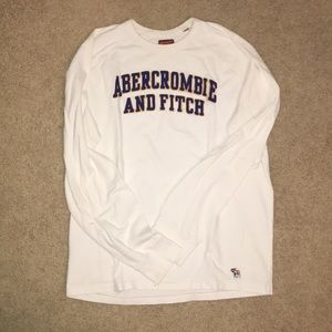 Abercrombie &Fitch T-shirt